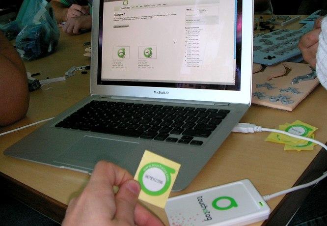 Interação com chips RFIDs